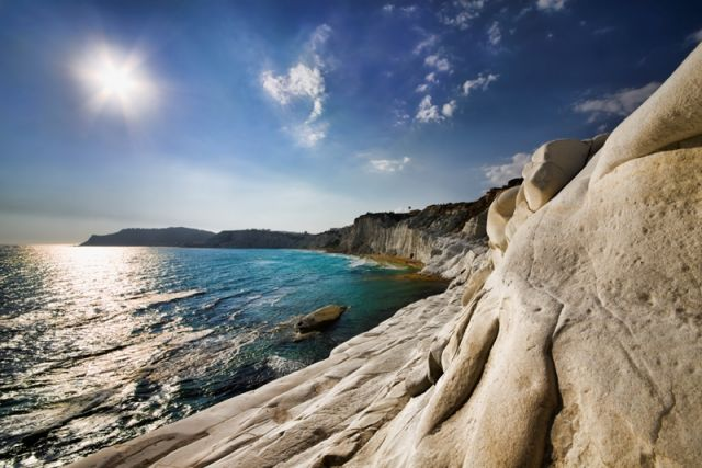 pareti rocciose Scala dei Turchi in Sicilia - Movingitalia.it