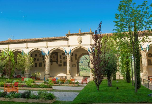 Giardino e fiori a Castigion Fiorentino Toscana - Movingitalia.it
