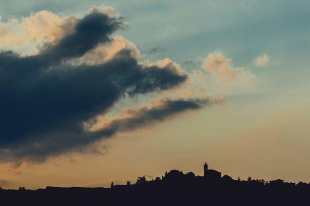 Panorama al tramonto - Cocconato - Movingitalia.it