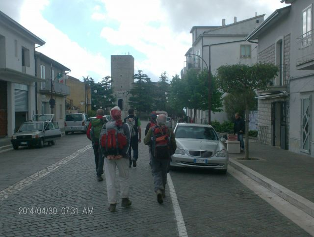 trekking sulla via Francigena - Movingitalia.it