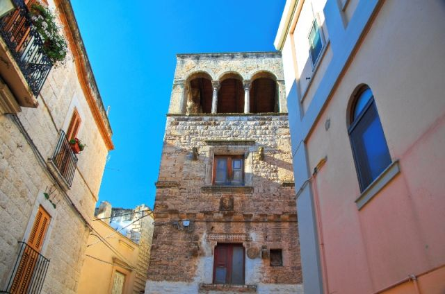 Bitritto palazzi in Puglia - Movingitalia.it
