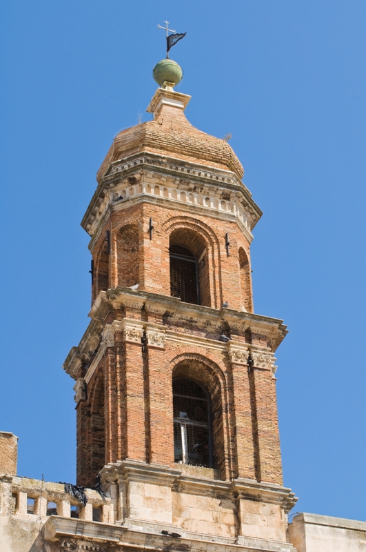 Chiesa dei Santi Cosma e Damiano a Conversano - Movingitalia.it