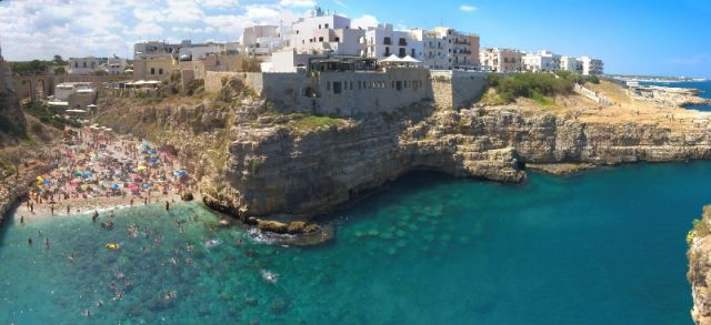 Mare e panorama a Polignano - Movingitalia.it