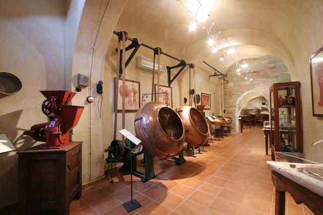 Museo lavorazione confetti Andria - Movingitalia.it