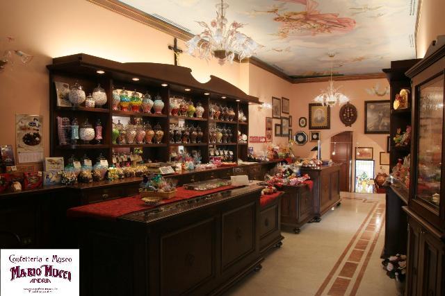 Confetteria Museo del confetto di Andria - Movingitalia.it