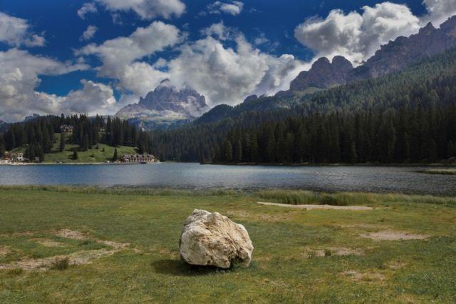 Lago Misurina e dolomiti - Movingitalia.it