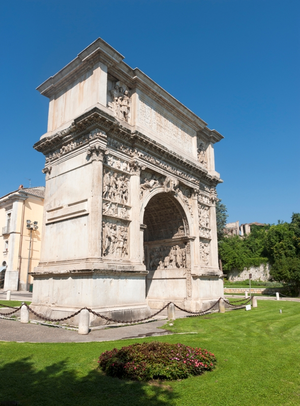 Arco di Traiano - Benevento