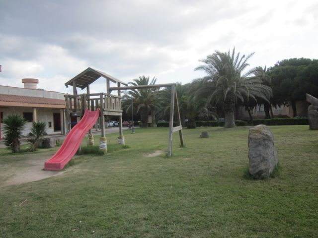 Parco giochi a Sant'Antioco - Movingitalia.it