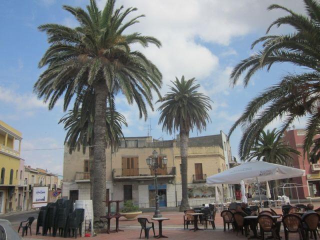 Piazza di Sant'Antioco - Movingitalia.it