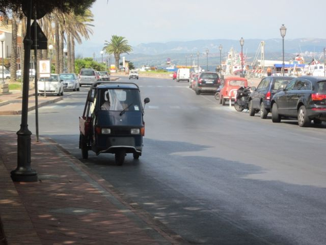 Strada e mare a Sant'Antioco - Movingitalia.it