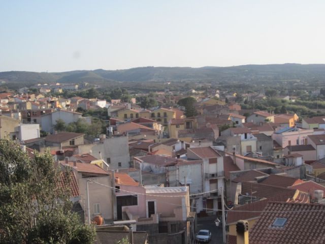Foto panoramica e tetti a Sant'Antioco - Movingitalia.it