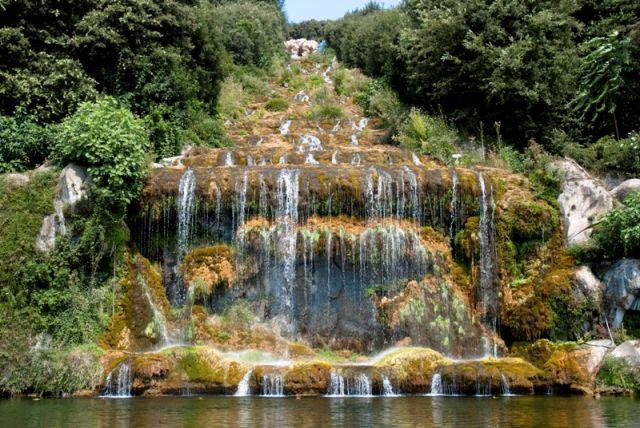 Grande Cascata nel parco della Reggia di Caserta