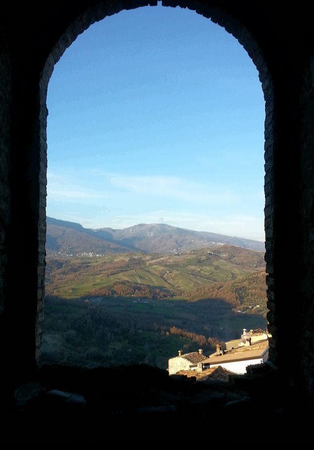 Vista dal castello Mottafollone - Movingitalia.it