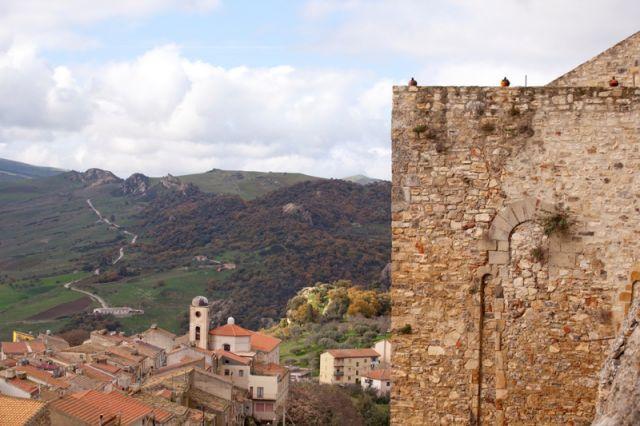 Vista panoramica di Sperlinga - Movingitalia.it