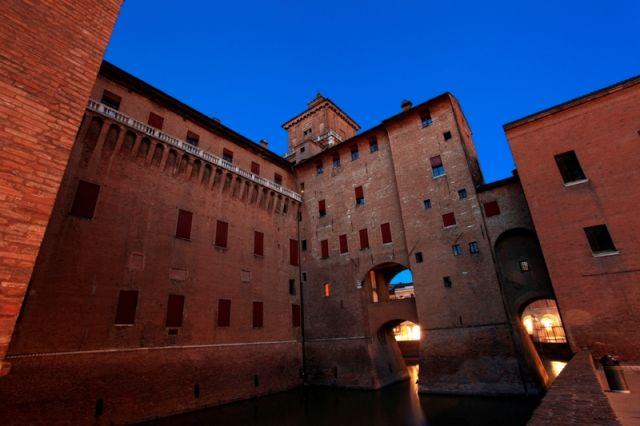 Castello Estense castello in Ferrara