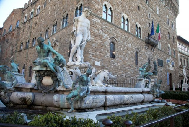 Storico monumento a Firenze - Movingitalia.it