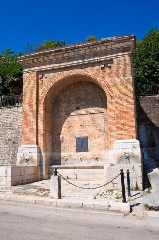 Fontana muta a Alberona - Movingitalia.it