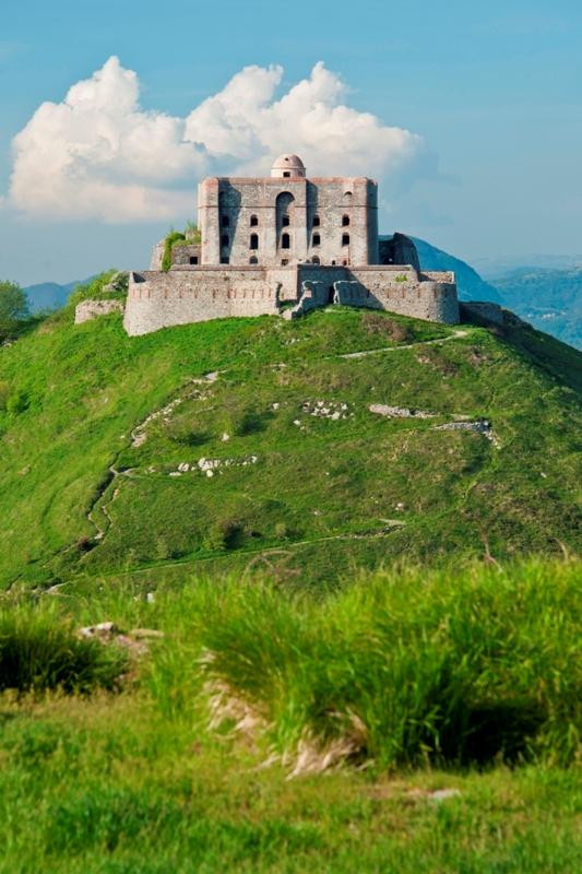 Il forte Diamante, una delle fortificazione più importante che proteggere le colline di Genova - Movingitalia.it