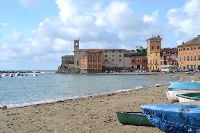 Foto panoramica della città di Sestri Levante in Liguria