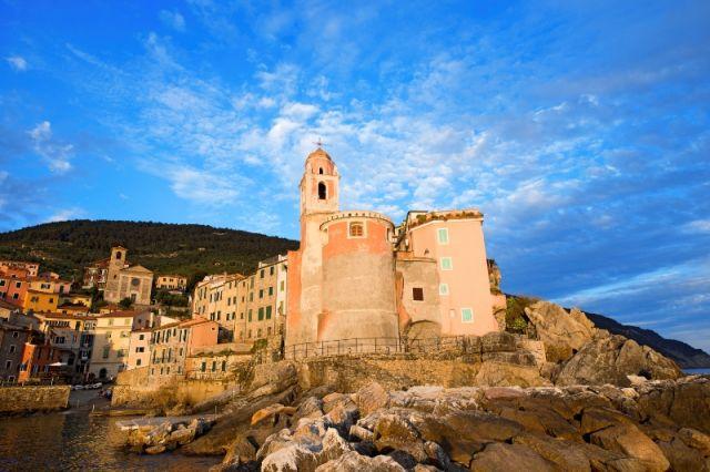 Chiesa di tellaro in Liguria