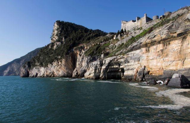 la grotta di Lord Byron - Portovenere - Movingitalia.it