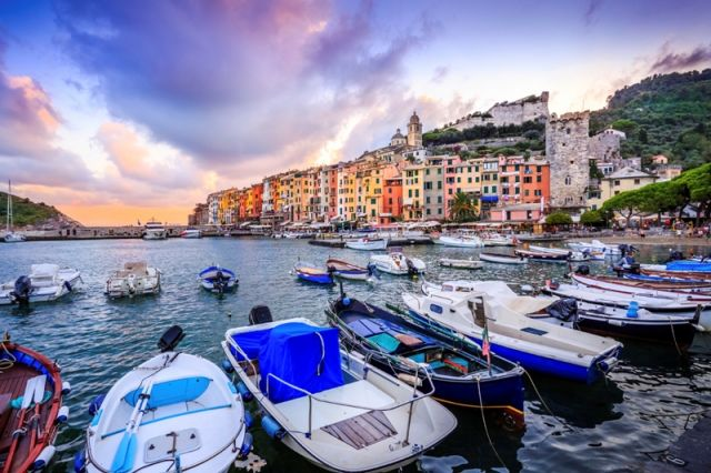 Foto primo piano di Portovenere in Liguria - Movingitalia.it