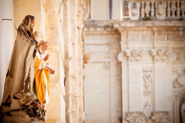 Statua religiosa a Lecce