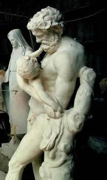 Statue  di marmo a Massa