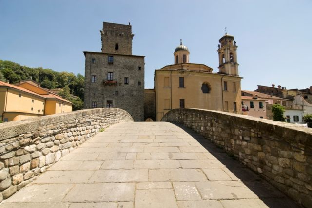 Antico Ponte - Pontremoli - Movingitalia.it