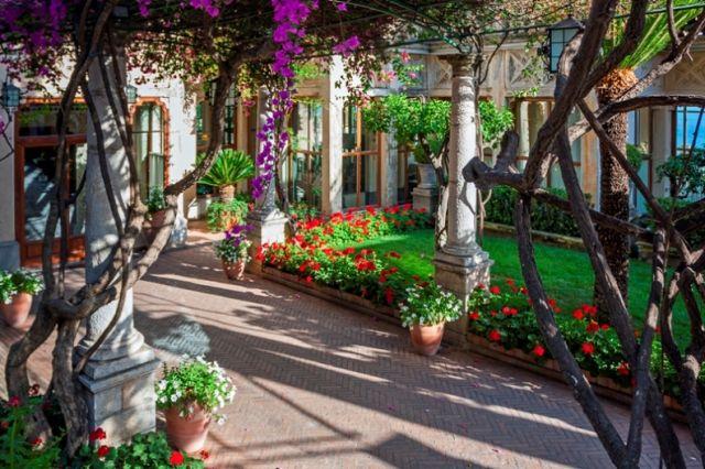 Parco e giardino a Taormina in Sicilia - Movingitalia.it