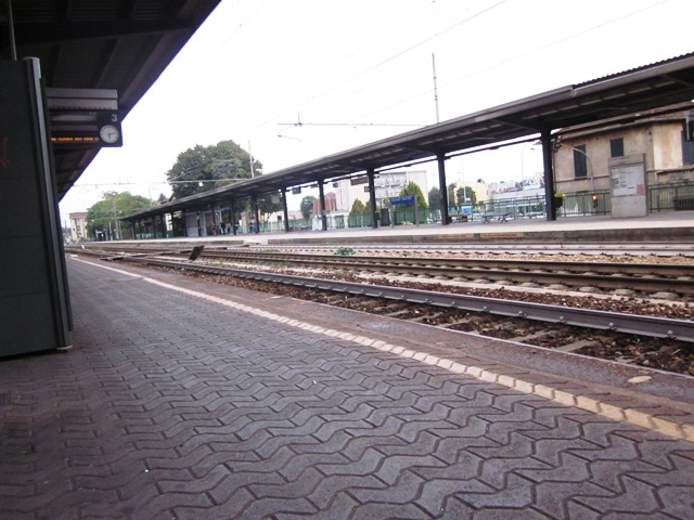 Stazione treni di Magenta - Movingitalia.it