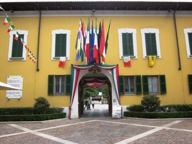 Bandiere Museo della Battaglia a Magenta - Movingitalia.it