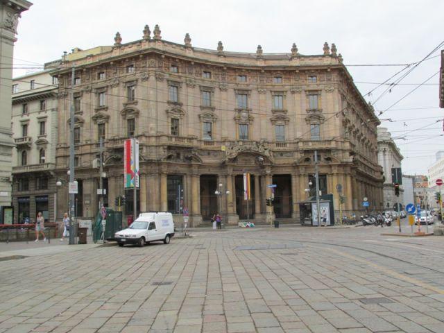 Vecchi edifici a Milano - Movingitalia.it