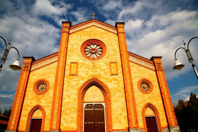 Chiesa di Villa Cortese in Lombardia - Movingitalia.it