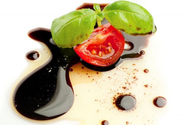 Aceto Balsamico Modena - Movingitalia.it