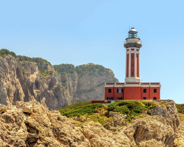 Faro di Punta Carena - Movingitalia.it