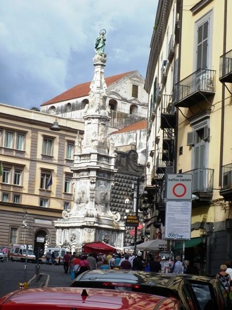 Monumenti a Napoli