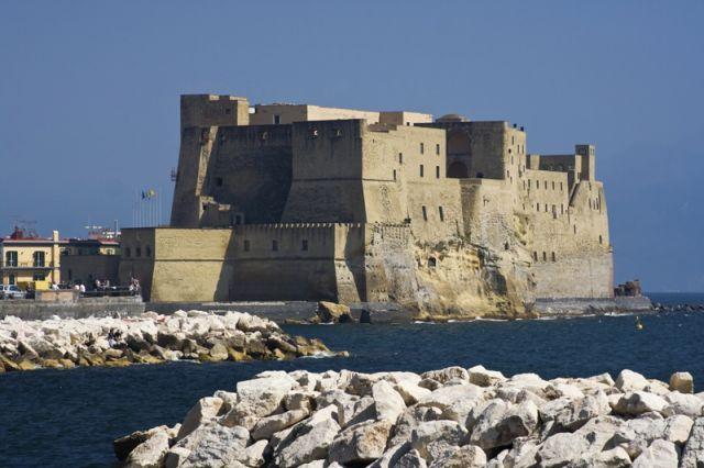 Castello sul mare - Napoli