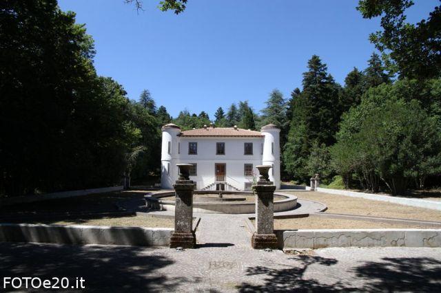 Villa Piercy a Bolotana - fotoe20.it - Movingitalia.it