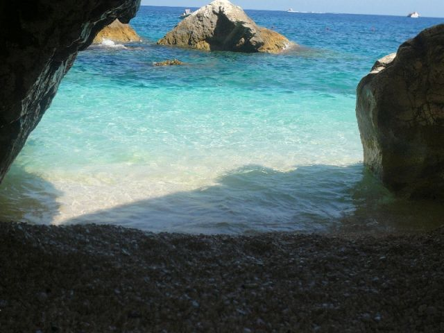 Cala Mariolu Grotta in Sardegna - Movingitalia.it