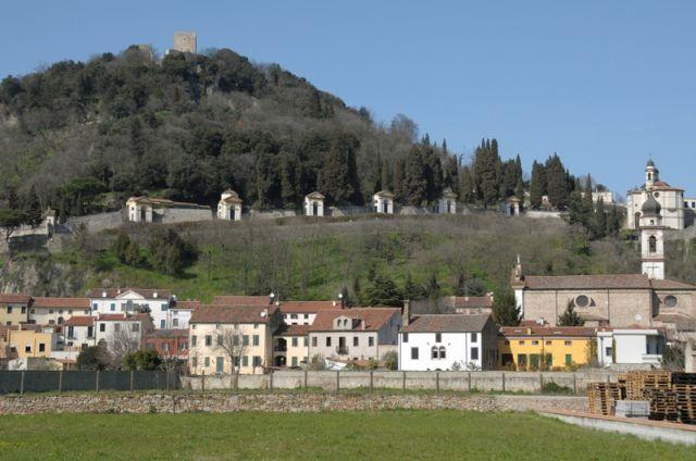 Foto panoramica della città di Monselice - Movingitalia.it