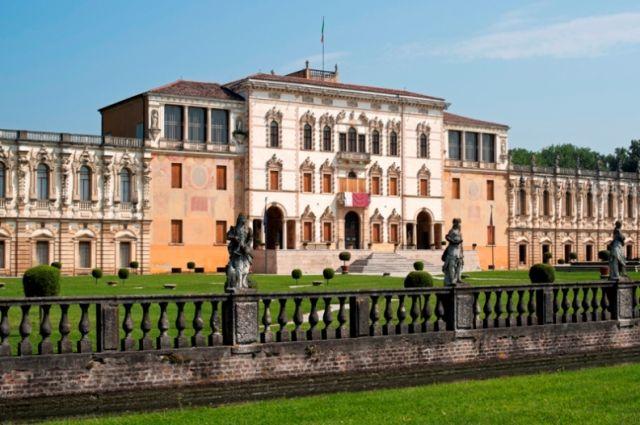 Piazzola sul Brenta giardini a Padova Nel Veneto