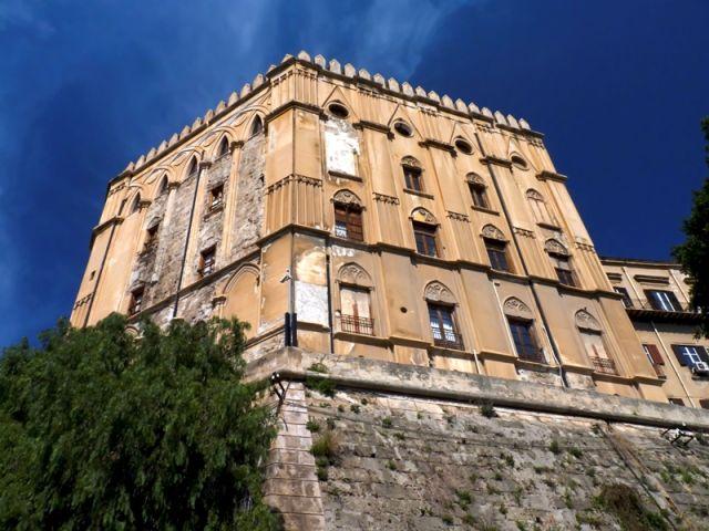Il Palazzo Reale dei Normanni a Palermo - Movingitalia.it