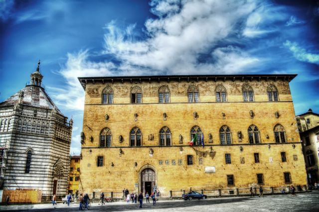 Palazzo Pretorio a Pistoia - Movingitalia.it