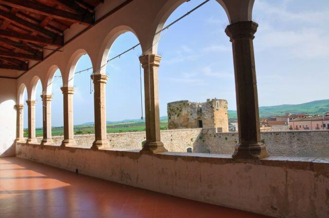 Foto dall'interno del Castello di Venosa