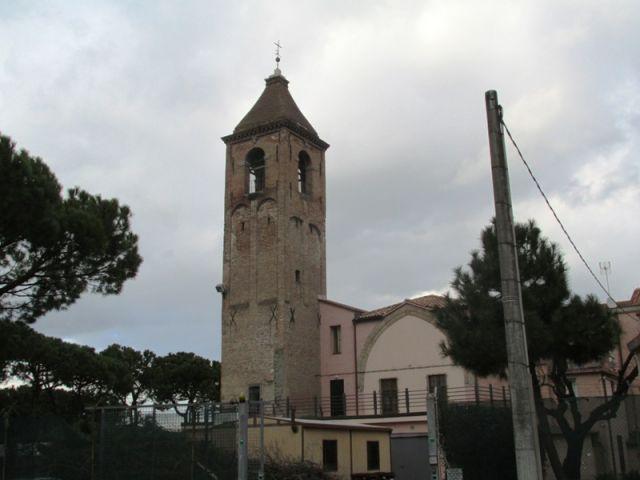 Campanile Chiesa San Nicolò a Rimini - Movingitalia.it