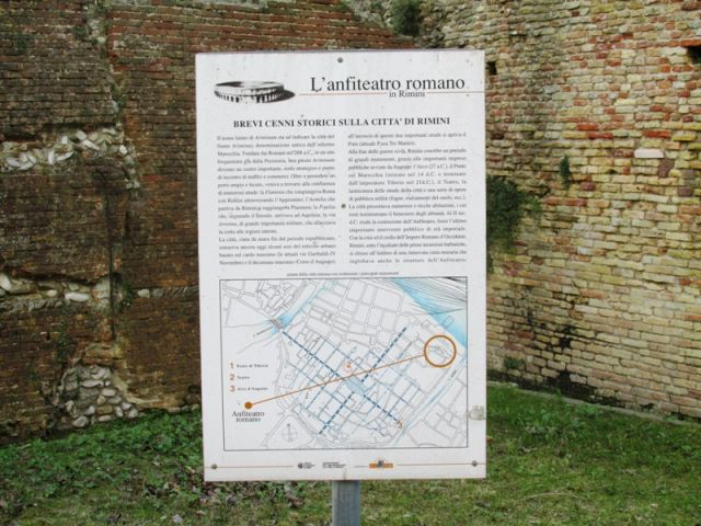 Anfiteatro Romano in Rimini - Movingitalia.it