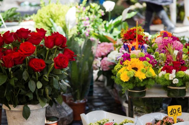 Mercato e fiori a Roma - Movingitalia.it