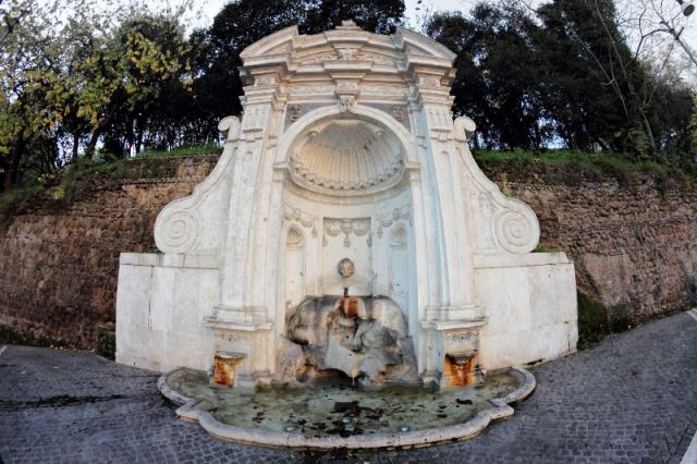 Fontana del Prigione Roma - Movingitalia.it