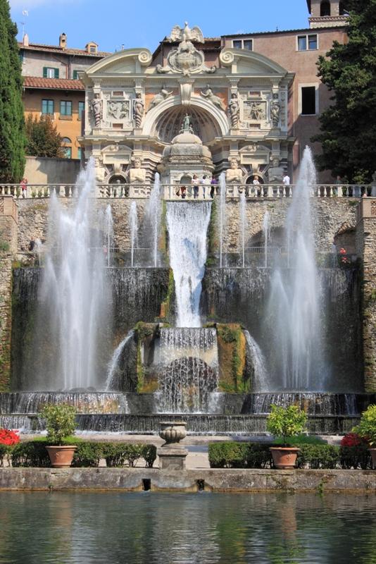 Fontana del Nettuno a Villa d'Este a Tivoli